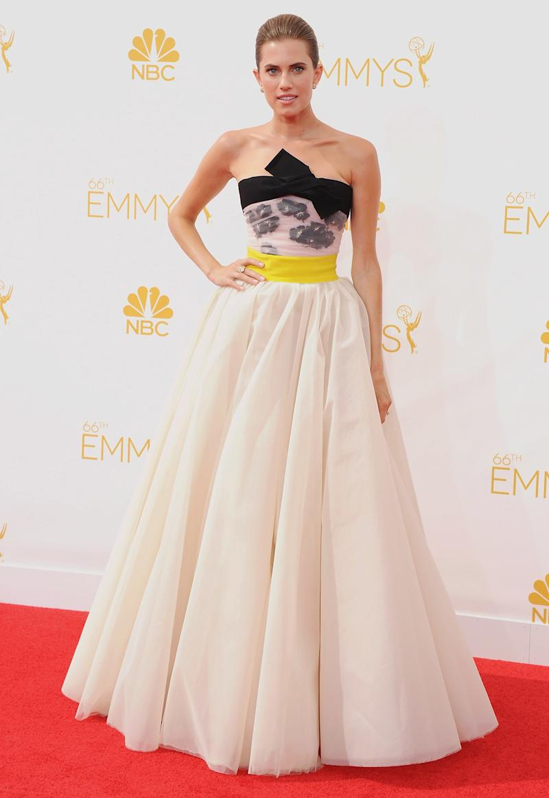 Allison Williams, in Giambattista Valli, arrives at the 66th Annual Primetime Emmy Awards at Nokia Theatre L.A. Live on August 25, 2014 in Los Angeles, California.