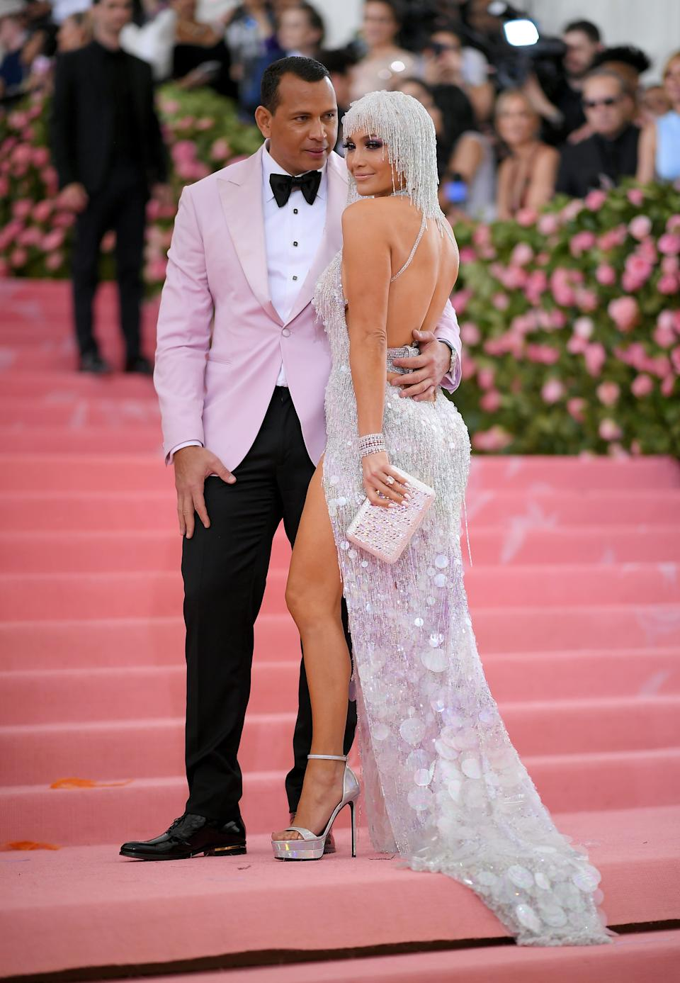 """<h1 class=""""title"""">Alex Rodriguez and Jennifer Lopez in Versace with a Judith Leiber Couture bag</h1><cite class=""""credit"""">Photo: Getty Images</cite>"""