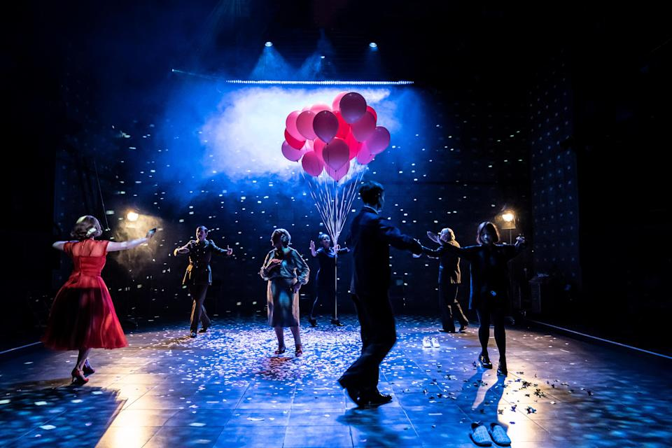 After Life at the National Theatre (Johan Persson)
