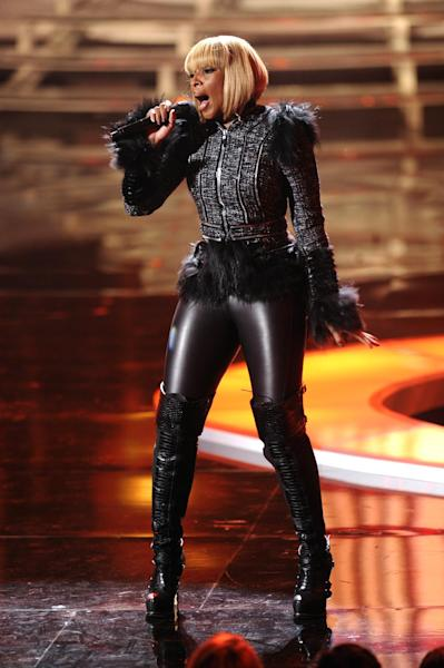 """FILE - In this Dec. 18, 2011 file photo, Mary J. Blige performs onstage at the """"Vh1 Divas Celebrates Soul"""" in New York. Blige has a rap alter-ego named Brook Lynn who first appeared on Blige's 2005 album """"The Breakthrough."""" (AP Photo/Evan Agostini, file)"""
