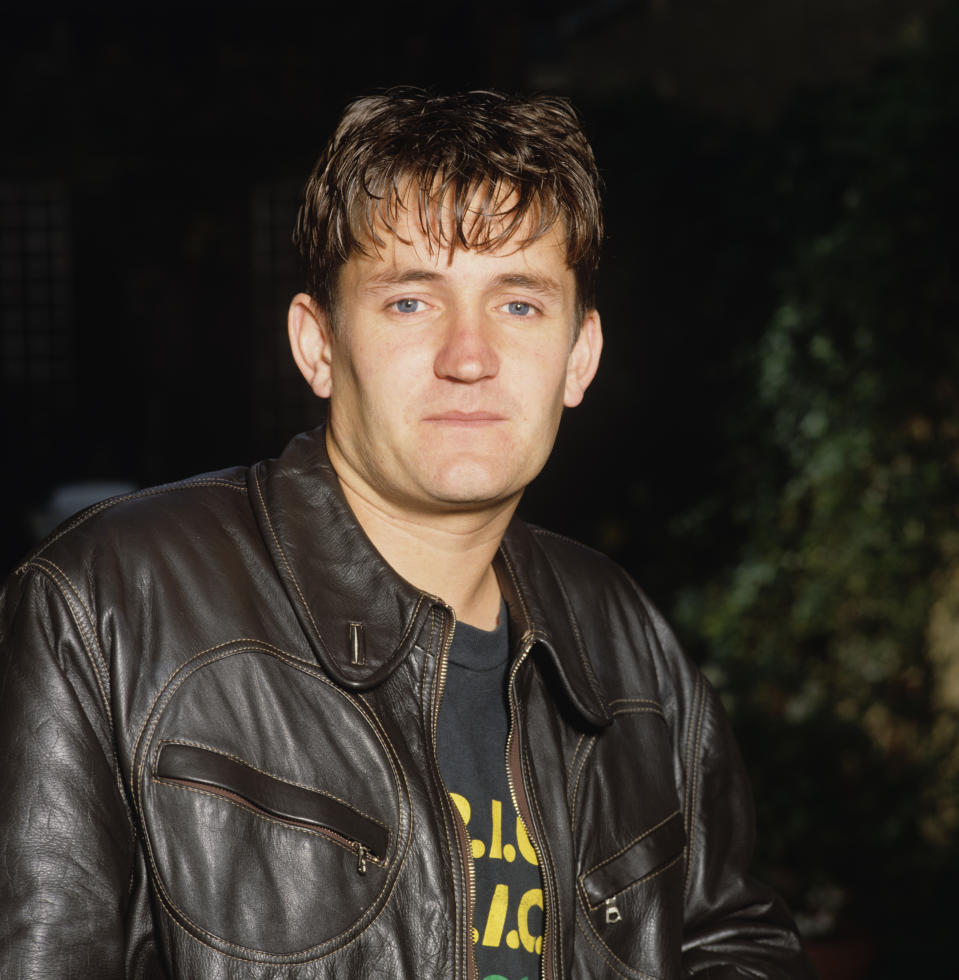 UNITED KINGDOM - JANUARY 01: Paul Heaton of the Beautiful South circa 1990. (Photo by Graham Tucker/Redferns)