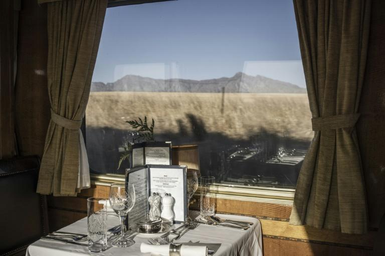The Blue Train crosses South Africa for more than 1,600 km from Cape Town, its southern tip, to its capital Pretoria