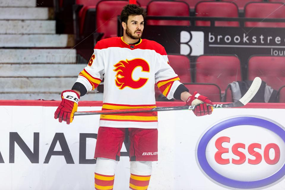 Zac Rinaldo, who spoke against vaccine passports at a political rally in Canada last week, apparently won't be anywhere near CBJ's training camp. (Getty)