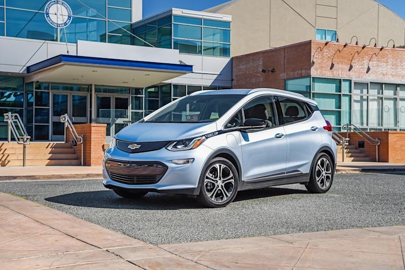 Chevy's 2017 Bolt EV delivers on its promise with a 238-mile range