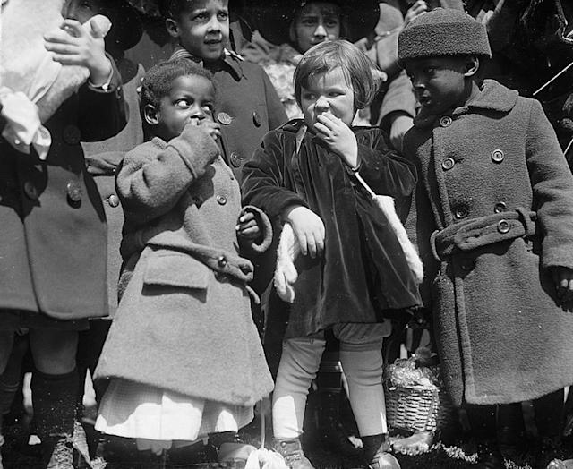 <p>Children at the 1923 White House Easter Egg Roll. </p>