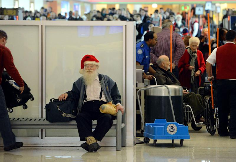 Rain and snow threaten to snarl holiday travel