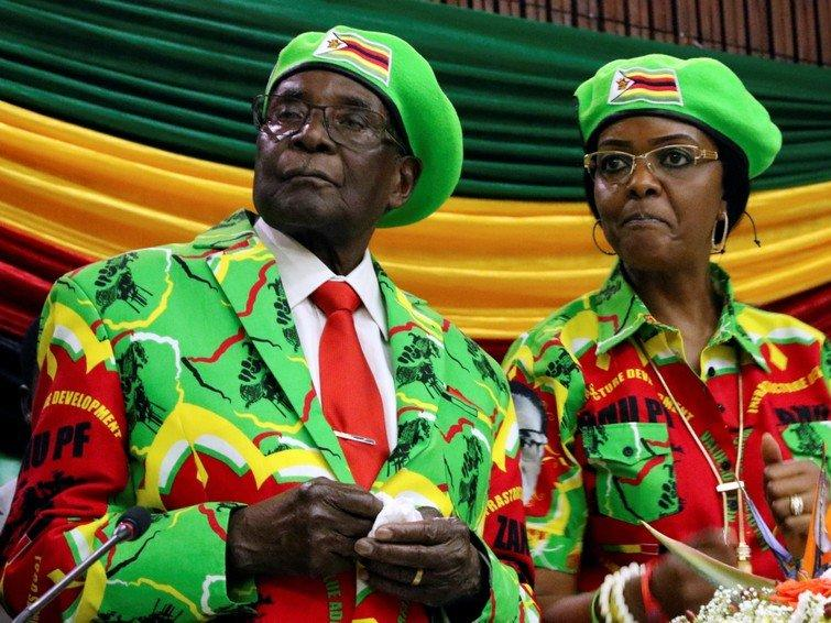 Zimbabwean President Robert Mugabe and his wife Grace attend a meeting of his ruling ZANU PF party's youth league in Harare, Zimbabwe, October 7, 2017. REUTERS/Philimon Bulawayo
