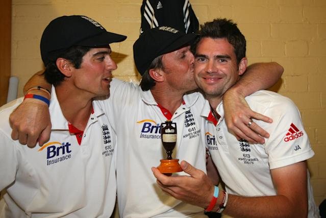 SYDNEY, AUSTRALIA - JANUARY 07: Alastair Cook, Graeme Swann and James Anderson of England celebrate in the dressing room with the ashes urn after winning the series 3-1 during day five of the Fifth Ashes Test match between Australia and England at Sydney Cricket Ground on January 7, 2011 in Sydney, Australia. (Photo by Tom Shaw - Pool/Getty Images)