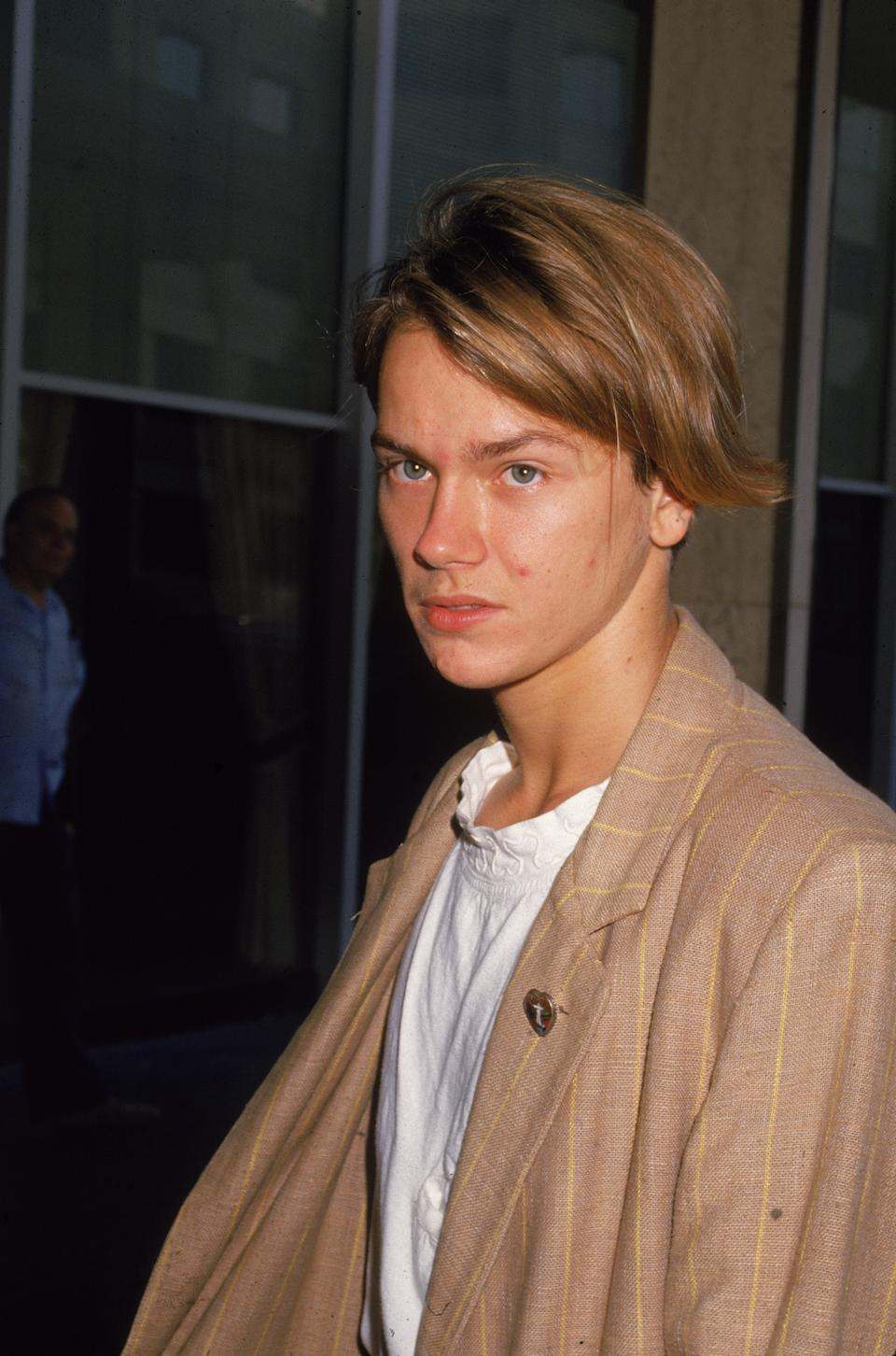 American actor River Phoenix (1970 - 1993) at press conference, September 23, 1988. (Photo by Darlene Hammond/Getty Images)