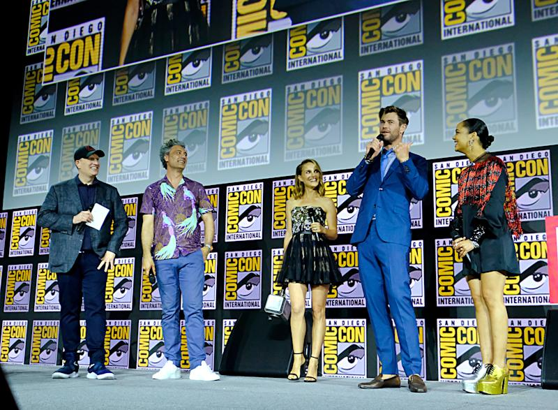SAN DIEGO, CALIFORNIA - JULY 20: (L-R) President of Marvel Studios Kevin Feige, Director Taika Waititi, Natalie Portman, Chris Hemsworth and Tessa Thompson of Marvel Studios' 'Thor: Love and Thunder' at the San Diego Comic-Con International 2019 Marvel Studios Panel in Hall H on July 20, 2019 in San Diego, California. (Photo by Alberto E. Rodriguez/Getty Images for Disney)
