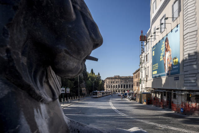 A general view of Via del Teatro Marcello without people during the coronavirus emergency on March 10, 2020, in Rome, Italy. (Credit: Antonio Masiello/Getty Images)
