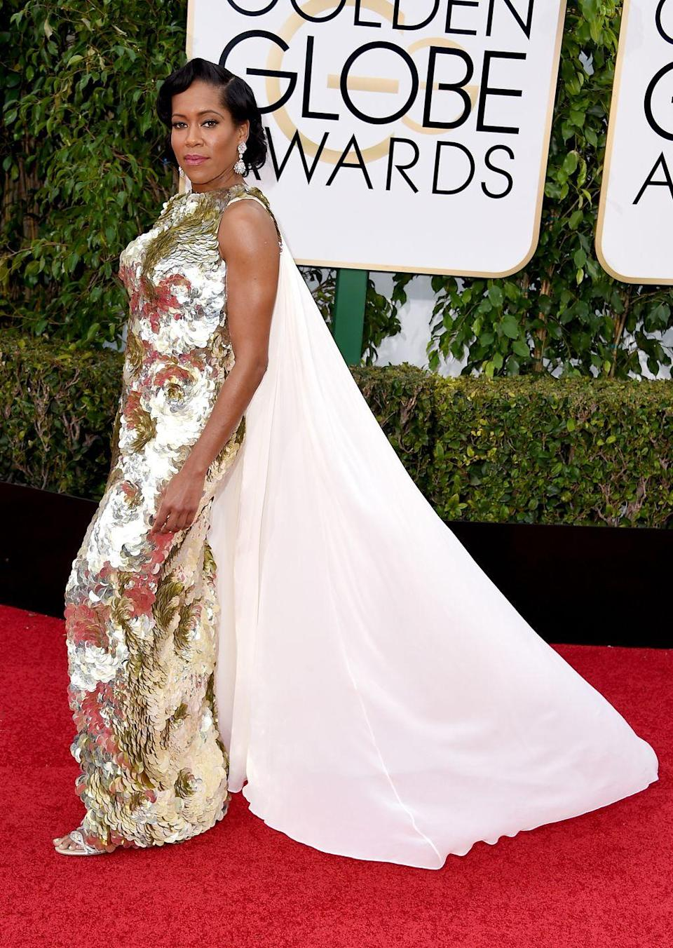 <p>Sequins and chiffon cape made for a weird mix at the 2015 ceremony. </p>