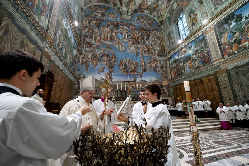 FILE PHOTO: Pope Francis leads a Mass to baptise babies in the Sistine Chapel at the Vatican