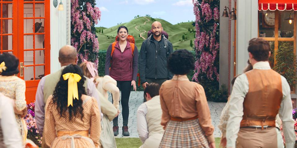 """Cecily Strong and Keegan-Michael Key are a couple in trouble who stumble into a musical in Apple TV+'s upcoming series, """"Schmigadoon!"""""""