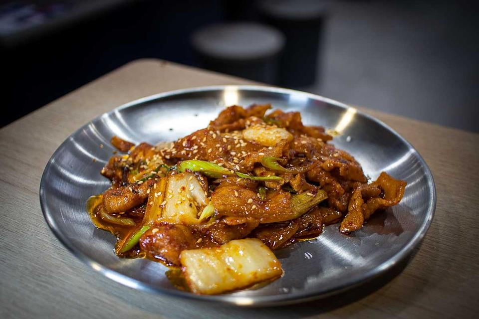 Spicy Pork and Charred Cabbage (PHOTO: Zat Astha/Yahoo Lifestyle SEA)