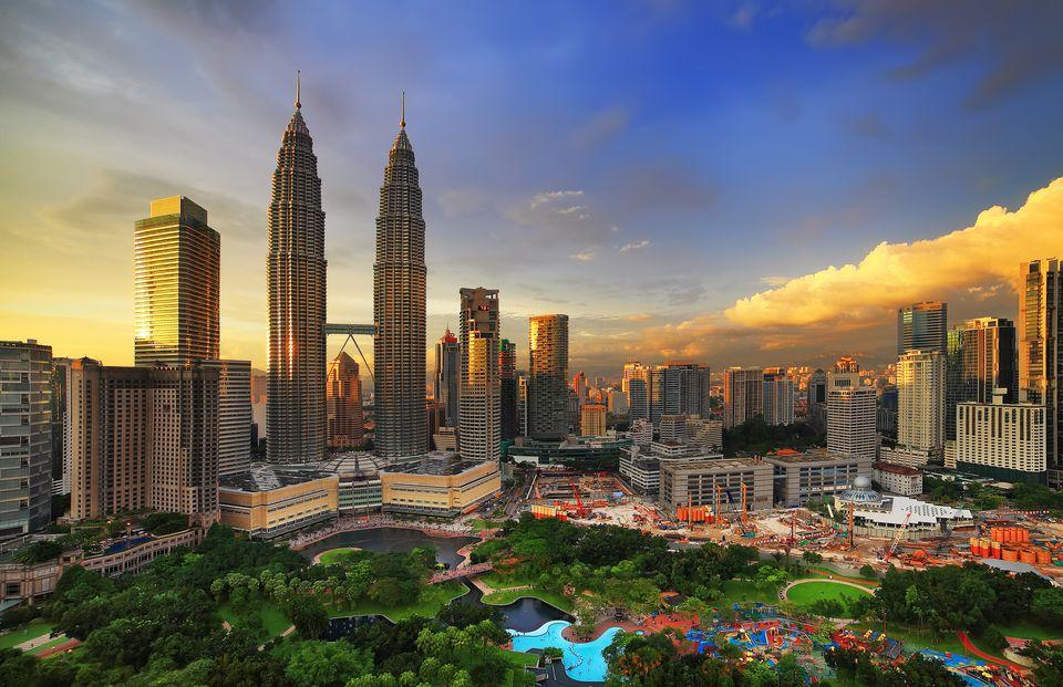 An interesting fact about Malaysia is that you cannot cover it all during a single trip. But the good news is that it is quite affordable that you can travel to the country multiple times. From stunning beaches, exciting city life, and beautiful hill stations the options are endless.