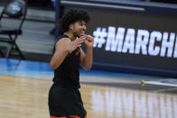 Oregon State guard Ethan Thompson celebrates after a Sweet 16 game against Loyola Chicago in the NCAA men's college basketball tournament at Bankers Life Fieldhouse, Saturday, March 27, 2021, in Indianapolis. Oregon State won 65-58. (AP Photo/Jeff Roberson)