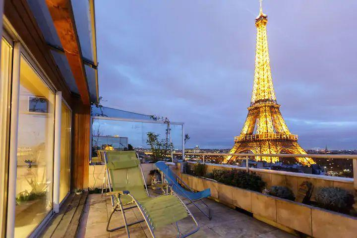 """<p>This Airbnb apartment with views of the Eiffel Tower is such a romantic location that past guests have chosen its terrace for proposals. The penthouse's stunning view isn't the only draw though as it has a stylish interior, with coloured glass, a comfortable bed and a marvellous setting right by the River Seine. </p><p><strong>Sleeps:</strong> 2</p><p><strong>Price per night: </strong>£306</p><p><a class=""""link rapid-noclick-resp"""" href=""""https://airbnb.pvxt.net/do91BK"""" rel=""""nofollow noopener"""" target=""""_blank"""" data-ylk=""""slk:SEE INSIDE"""">SEE INSIDE</a></p>"""