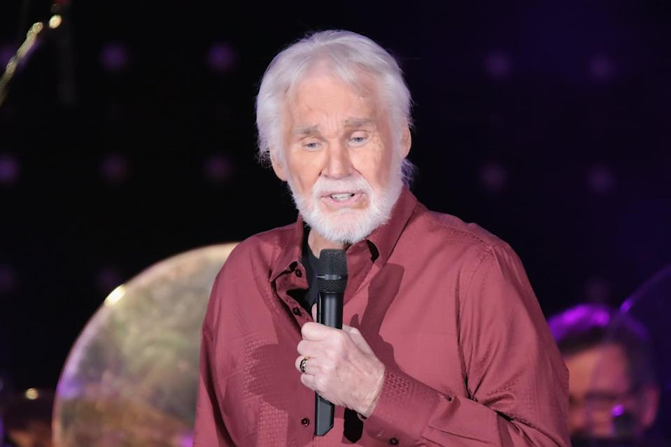 """<p>Country singer Kenny Rogers <a href=""""https://www.cnn.com/2020/03/21/entertainment/kenny-rogers-country-singer-dies/index.html"""" class=""""link rapid-noclick-resp"""" rel=""""nofollow noopener"""" target=""""_blank"""" data-ylk=""""slk:died of natural causes at age 81"""">died of natural causes at age 81</a> on March 20, surrounded by family.</p>"""