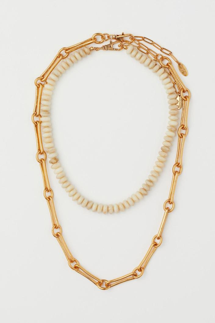 <p>These <span>2-pack Necklaces</span> ($30) will look good with tops that have a plunging neckline.</p>