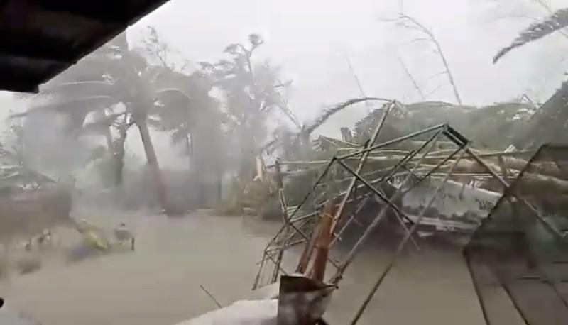 Typhoon Kammuri hits Gloria, in Oriental Mindor