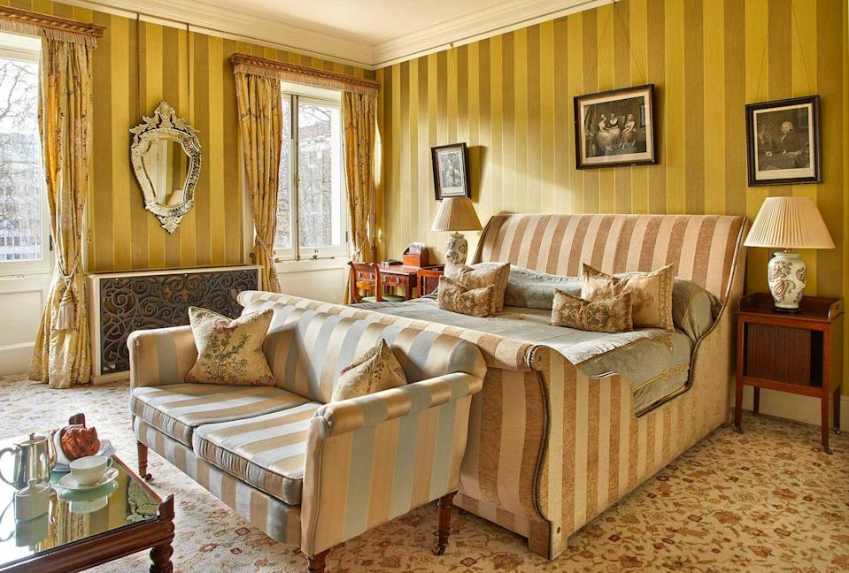 <p><strong>The Skinny:</strong></p><p>You'd be forgiven for walking past these three Georgian townhouses, located in the heart of Marylebone. But behind its main door is one of the most beautiful and sophisticated private members' club we've ever had the pleasure of visiting. Designed by George III's architect, James Wyatt, this 18th century building has received a modern makeover and is now home to 23 bedrooms, several restaurants and bars, The Vaults, a garden, gym and more. </p><p><strong>Top Tip</strong><strong>:</strong></p><p>If you're still peckish after brunch (this is unlikely given the feast on offer, but you never know) then wait a couple of hours – either on the patio in summer or underneath the Raj Tent in winter - until midday to tuck into the BBQ weekend menu. Serving everything from buttermilk fried chicken to the Home House cheeseburger, followed up by a Stay With Me cocktail (fin, cherry Heering, Benedictine, orange, lemon and Kaffir lime bitters), a one-night stay at Home House will leave you feeling well rested and well fed, trust us.</p>