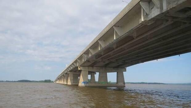 The bridge has been the focus of much repair work but Transports Québec officials say it is safe to reopen. (Transports Québec  - image credit)