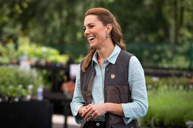 The duchess wore a sleeveless, padded jacket by Swedish brand Fjällräven. (Getty Images)
