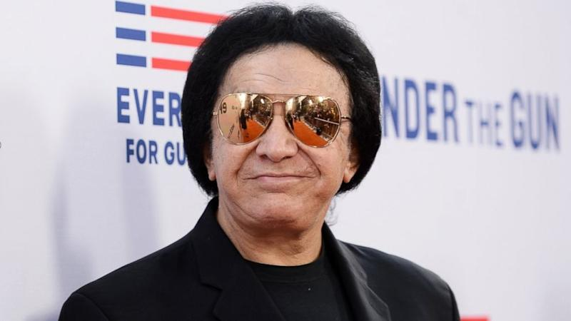 Gene Simmons Apologizes for Saying Prince's Death Was 'Pathetic'