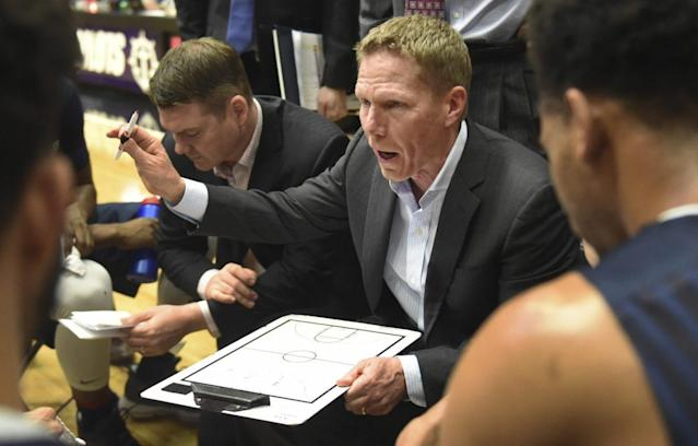 Gonzaga will try to get Mark Few to his first Final Four with a win over Xavier on Saturday. (AP)