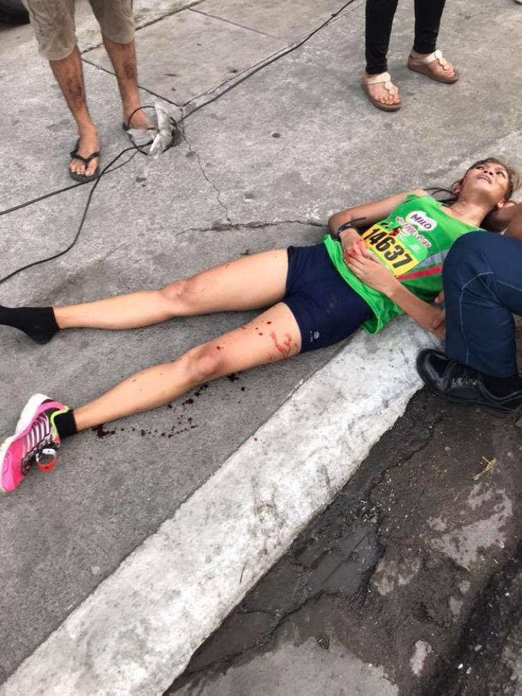 Accident ends contender's run 2 kms from finish line