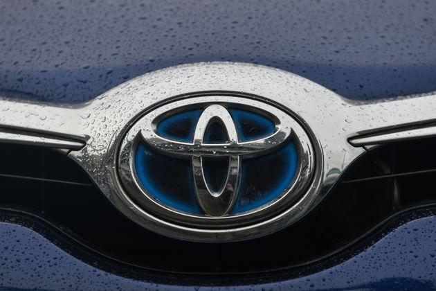 A Toyota logo seen on a parked car in Dublin city center.  On Tuesday, January 11, 2021, in Dublin, Ireland. (Photo by Artur Widak/NurPhoto via Getty Images) (Photo: NurPhoto via Getty Images)