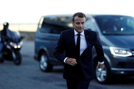 French President Emmanuel Macron arrives to visit the fishing port in Le Guilvinec, France, June 21, 2018. REUTERS/Stephane Mahe/Pool