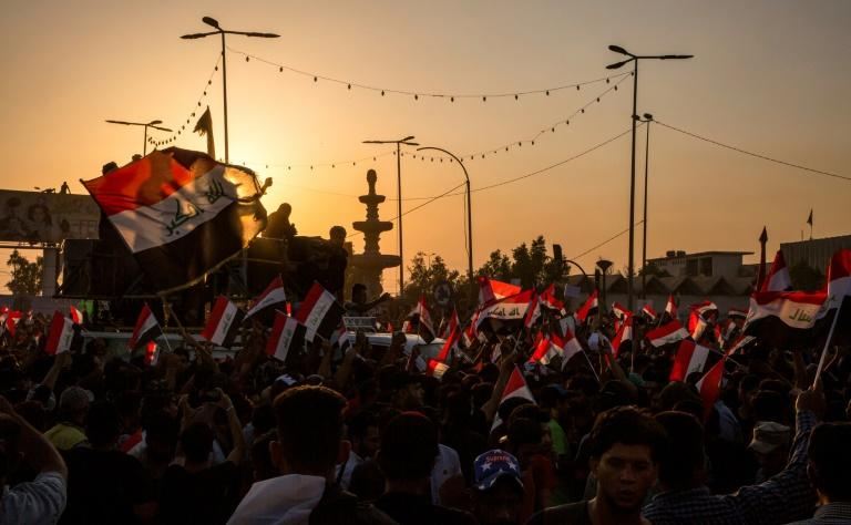 Protests have continued in southern cities such as Basra despite violence that has left more than 240 people dead and more than 8,000 wounded (AFP Photo/-)