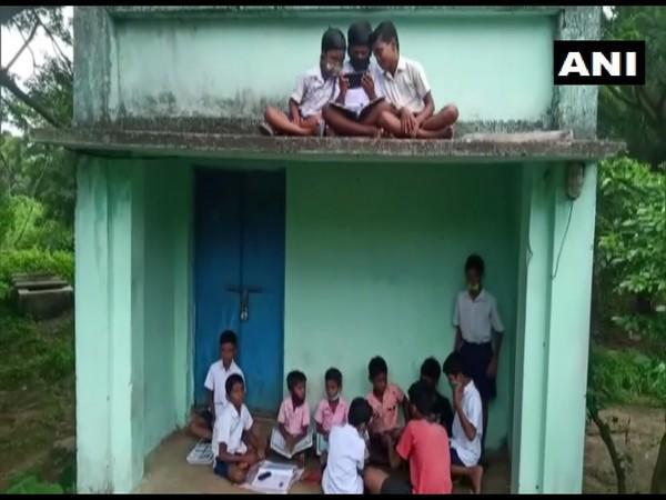 Students from poor families struggling to take online classes during COVID-19. (Photo/ANI)