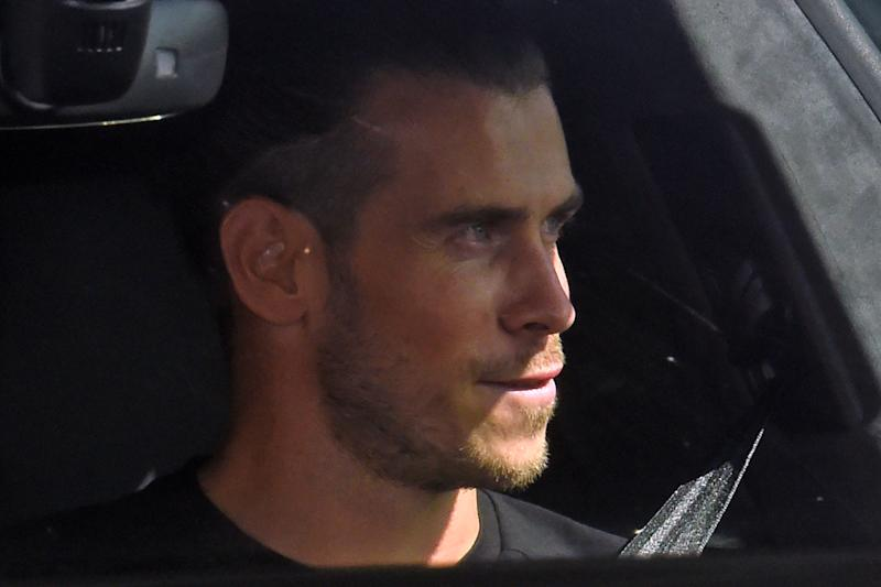 """Real Madrid's Welsh midfielder Gareth Bale arrives at the Tottenham Hotspur training ground in north London on September 18, 2020, as steps to secure Spurs' former player on loan continue. - Gareth Bale is """"close"""" to sealing a sensational move back to Tottenham, the player's agent Jonathan Barnett said on Wednesday, seven years after joining the Spanish giants from Spurs for a world record fee. (Photo by David MIRZOEFF / AFP) (Photo by DAVID MIRZOEFF/AFP via Getty Images)"""