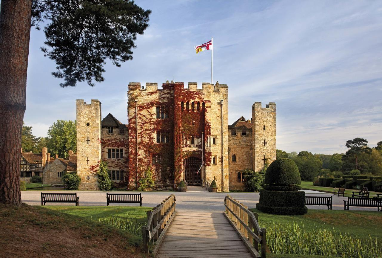 "<p>What could be more romantic than a stay at a historic castle hotel? Hever Castle was the childhood home of Anne Boleyn, and you can sleep in an Edwardian wing named after her, attached to the ancient building.</p><p>Imagine moonlit walks through the Italian garden, boat trips à  deux on the lake, or stealing a kiss on the impressive drawbridge.</p><p>Take a break from reality and cosy up in front of the roaring fire in the sitting room, tuck into afternoon tea in the breakfast room, then slink off to your luxurious four-poster bed.</p><p>If you book while the castle is closed to the public, you'll even enjoy a private tour.</p><p><a href=""https://www.redescapes.com/offers/kent-edenbridge-hever-castle-hotel"" target=""_blank"">See our review of Hever Castle</a>.</p><p><a class=""body-btn-link"" href=""https://go.redirectingat.com?id=127X1599956&url=https%3A%2F%2Fwww.booking.com%2Fhotel%2Fgb%2Fhever-castle.en-gb.html%3Faid%3D2070929&sref=https%3A%2F%2Fwww.redonline.co.uk%2Ftravel%2Finspiration%2Fg34356716%2Fromantic-hotels-kent%2F"" target=""_blank"">FIND OUT MORE</a></p>"