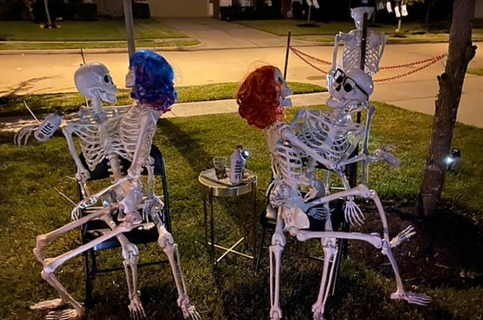 halloween pole dancing skeletons