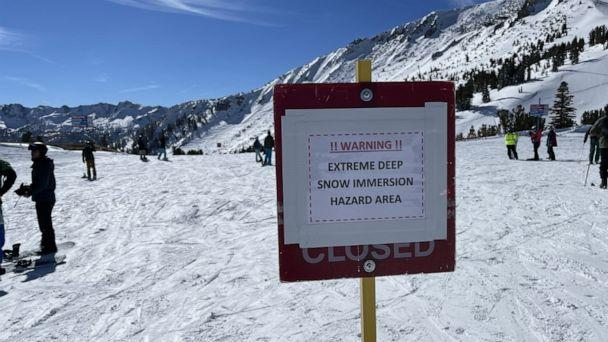 PHOTO: A sign at Mammoth Mountain in California warns skiers of a snow immersion risk on Jan. 30, 2021, two days after a skier died getting buried in over 7 feet of snow. (ABC News)