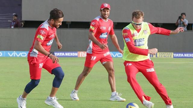 The Indian Premier League (IPL) 2018 has reached its business end and Sunday sees two blockbuster league games. After Kolkata Knight Riders assured their play-offs spot with a win against Sunrisers Hyderabad, there is one spot for grabs. Three teams are in fray for the same. So who will make it and how? Here we guide you with the same.