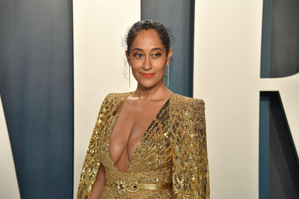 BEVERLY HILLS, CALIFORNIA - FEBRUARY 09: Tracee Ellis Ross attends the 2020 Vanity Fair Oscar Party at Wallis Annenberg Center for the Performing Arts on February 09, 2020 in Beverly Hills, California. (Photo by David Crotty/Patrick McMullan via Getty Images)