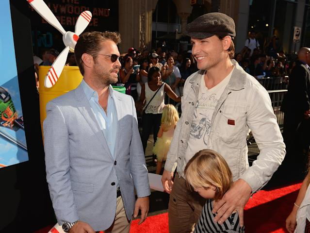 """HOLLYWOOD, CA - AUGUST 05: Actors Jason Priestley and Peter Facinelli attend the premiere of Disney's """"Planes"""" at the El Capitan Theatre on August 5, 2013 in Hollywood, California. (Photo by Mark Davis/Getty Images)"""