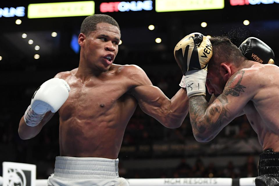 LAS VEGAS, NEVADA - MAY 29:  Devin Haney (L) and Jorge Linares battle during their WBC lightweight title fight at Michelob ULTRA Arena on May 29, 2021 in Las Vegas, Nevada. Haney won by unanimous decision. (Photo by David Becker/Getty Images)