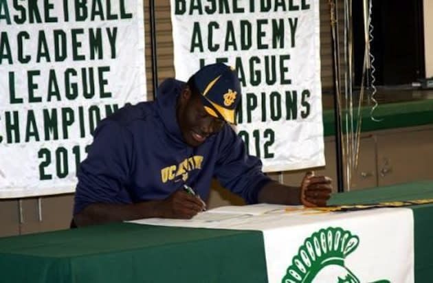 7-foot-5 Mamadou Ndiaye signs with UC Irvine — Brethren Christian High School