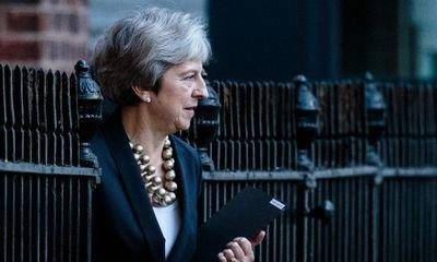 Theresa May to step up fightback against attempts to oust her