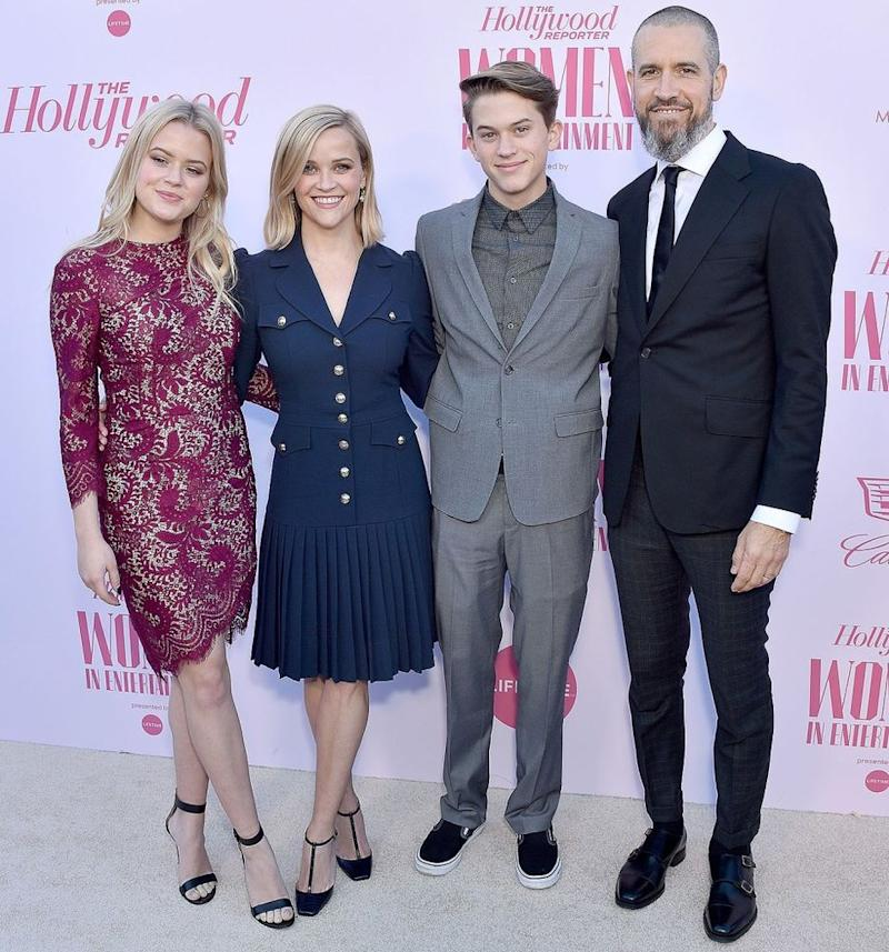 Ava Elizabeth Phillippe, Reese Witherspoon, Deacon Reese Phillippe, and Jim Toth | Gregg DeGuire/WireImage