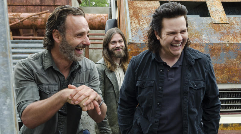 Andrew Lincoln Finally Confirms He's Leaving 'The Walking Dead'
