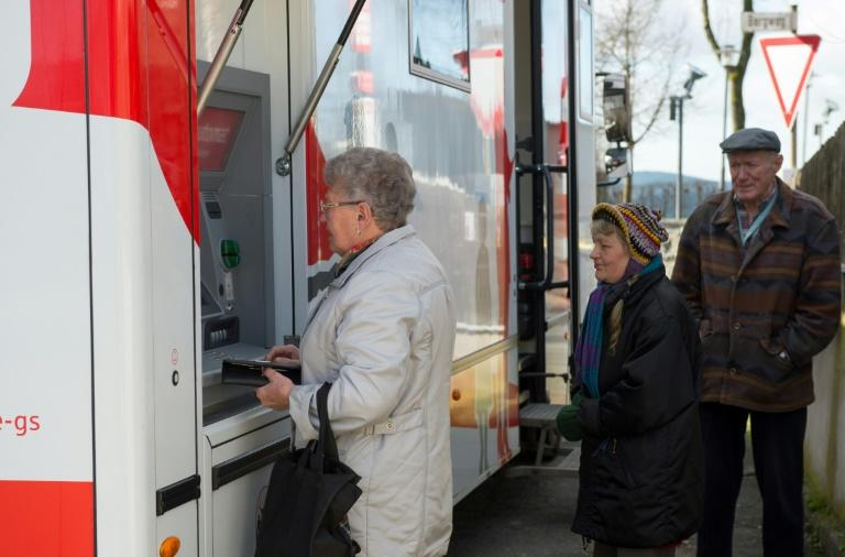 Local businesses and older people in particular are taking advantage of the mobile banking branch, said Steffen Haberzettl, sales director for the Kronach-Kumbach Sparkasse
