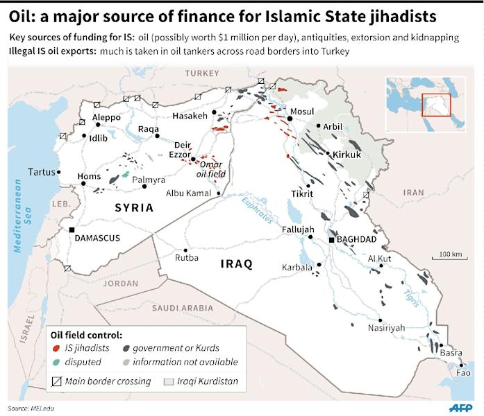 Map of Syria and Iraq locating oil fields controlled by IS. 135 x 116 mm (AFP Photo/Laurence Saubadu, Gillian Handyside)