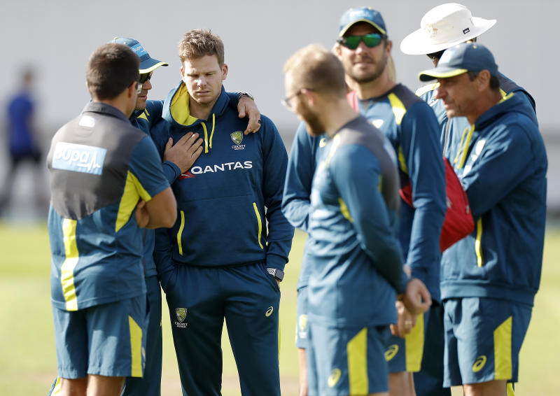 LEEDS, ENGLAND - AUGUST 20: Justin Langer, coach of Australia, speaks to Steve Smith of Australia during the Australia Nets session at Headingley on August 20, 2019 in Leeds, England. (Photo by Ryan Pierse/Getty Images)